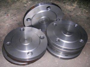 Заглушки c соединительным выступом ОСТ 34-10-428-90 фланцевые сталь 08Х18Н10Т