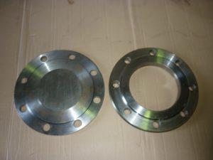 Заглушки c соединительным выступом ОСТ 34-10-428-90 фланцевые сталь 12Х18Н10Т