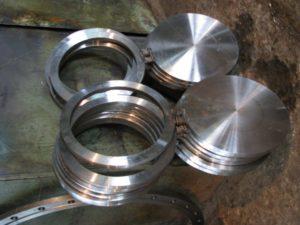 Заглушки поворотные сталь 09Г2С Т-ММ-25-01-06