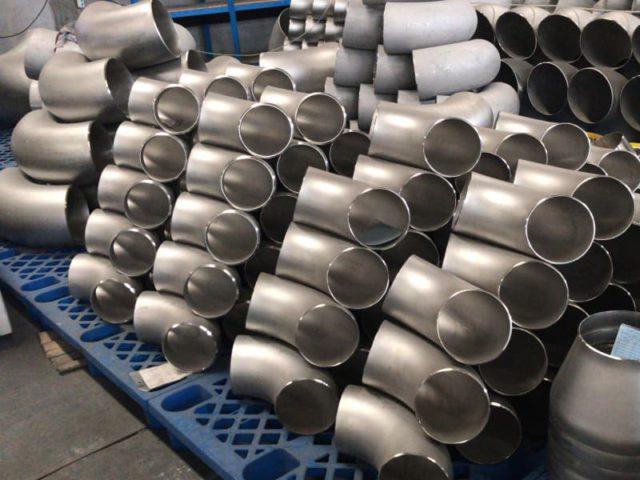 Отводы 219 крутоизогнутые нержавеющие ОСТ 34-10-418-90